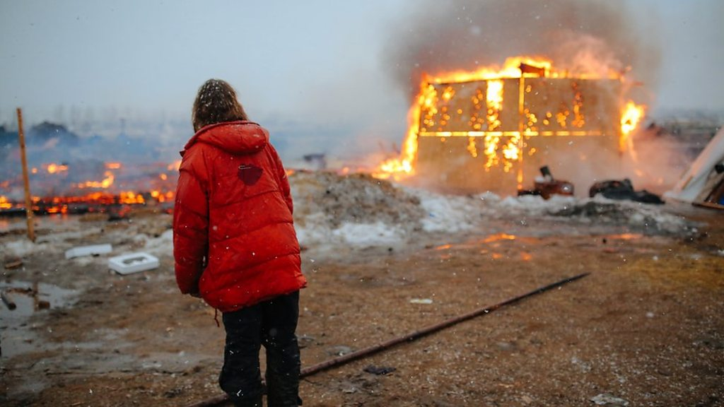 Dakota pipeline protesters leave site after year-long occupation
