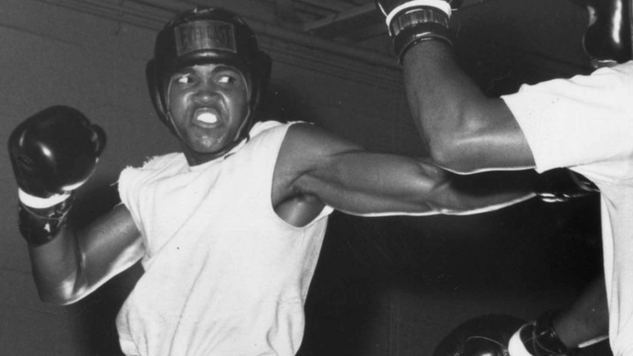 The day Muhammad Ali fought in Paisley - and was booed