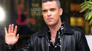 Robbie Williams pulls out of Shine final