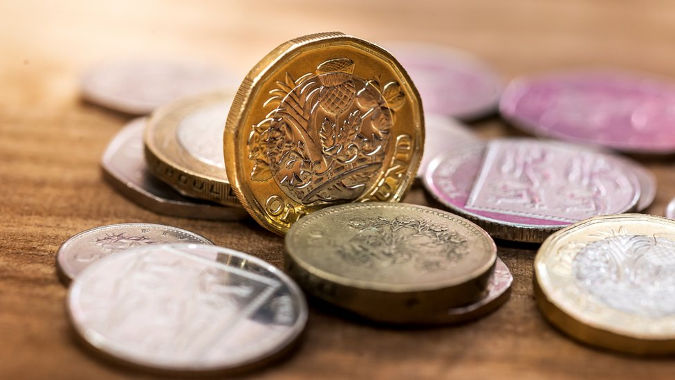 Why a timely nudge might help us save money