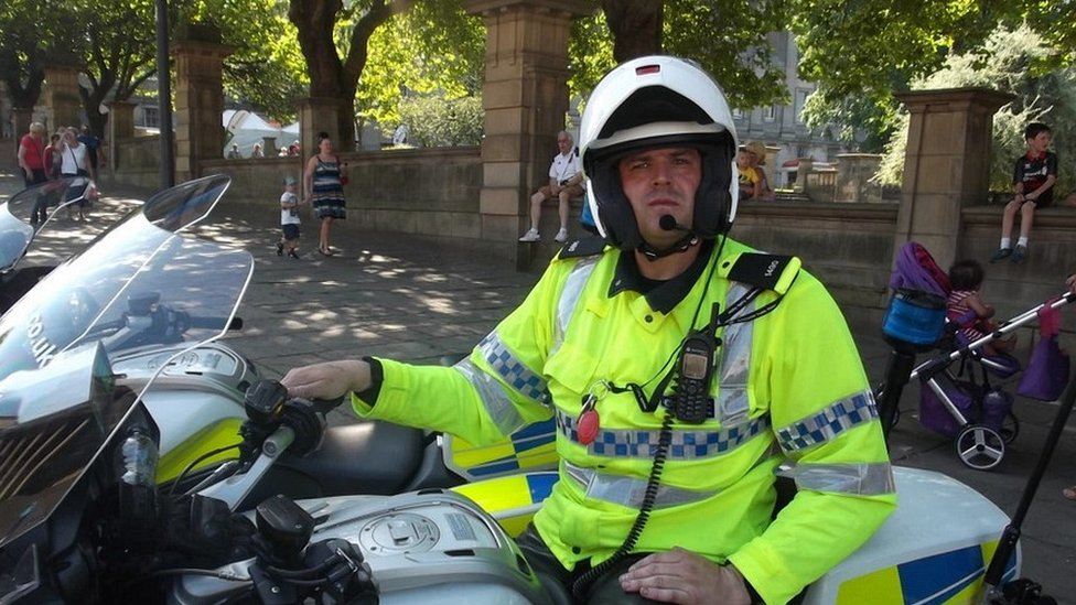 <![CDATA[PC Paul Briggs: Injured officer dies after wife's legal battle to end life support]]>