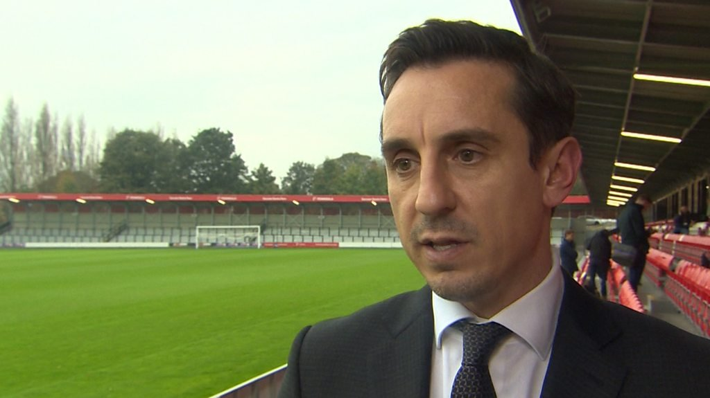 Gary Neville: FA needs radical reform but top bosses should keep their jobs