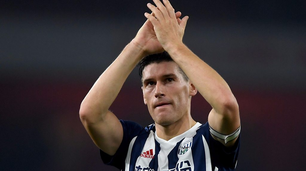 Arsenal 2-0 West Brom: Gareth Barry says appearance record 'yet to sink in'