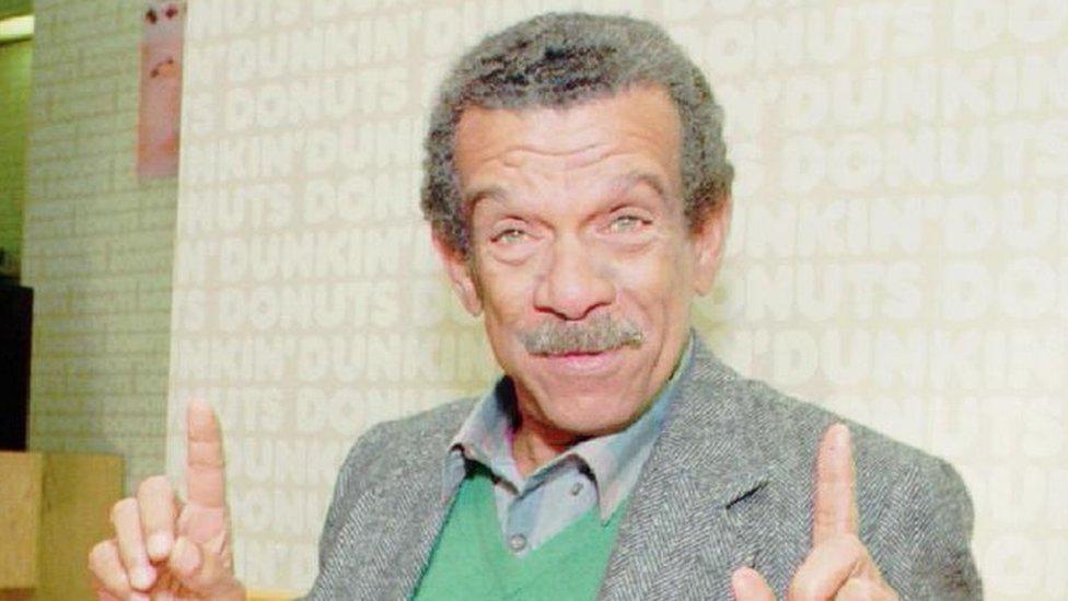 Derek Walcott en 1992