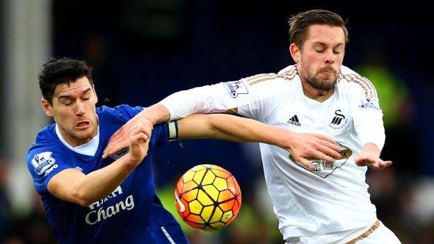 Gossip: Swansea reject Everton's £30m bid for Sigurdsson