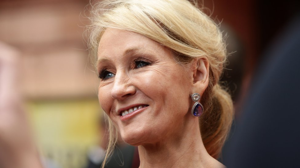 Ex-aide of JK Rowling hits back over credit card claims
