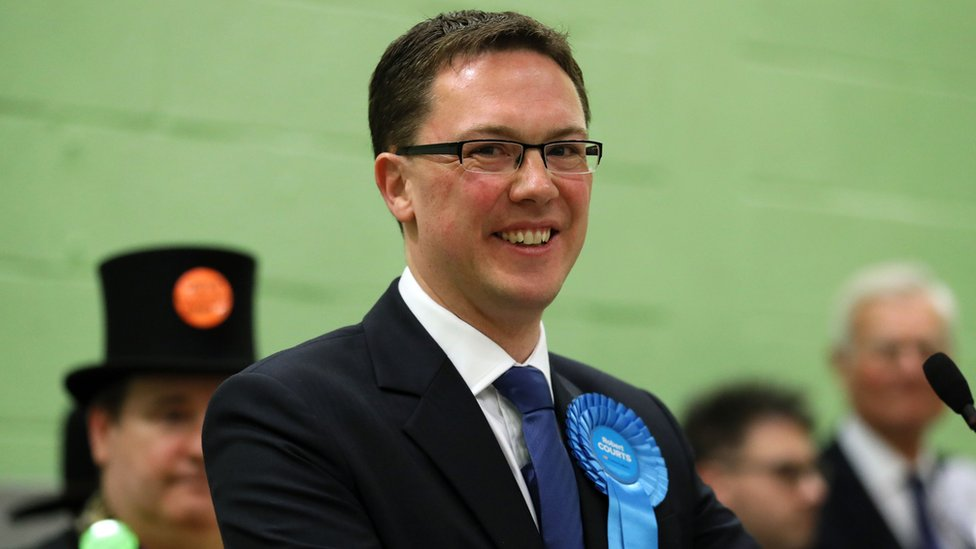 Witney by-election: Tory majority slashed in David Cameron's former seat