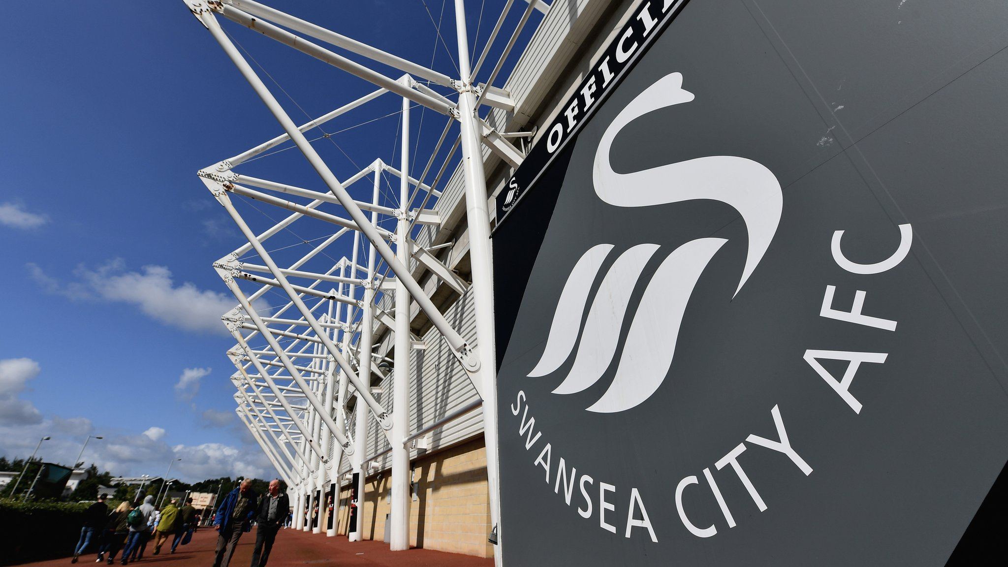 Swansea & Bournemouth give supporters a gender-neutral option