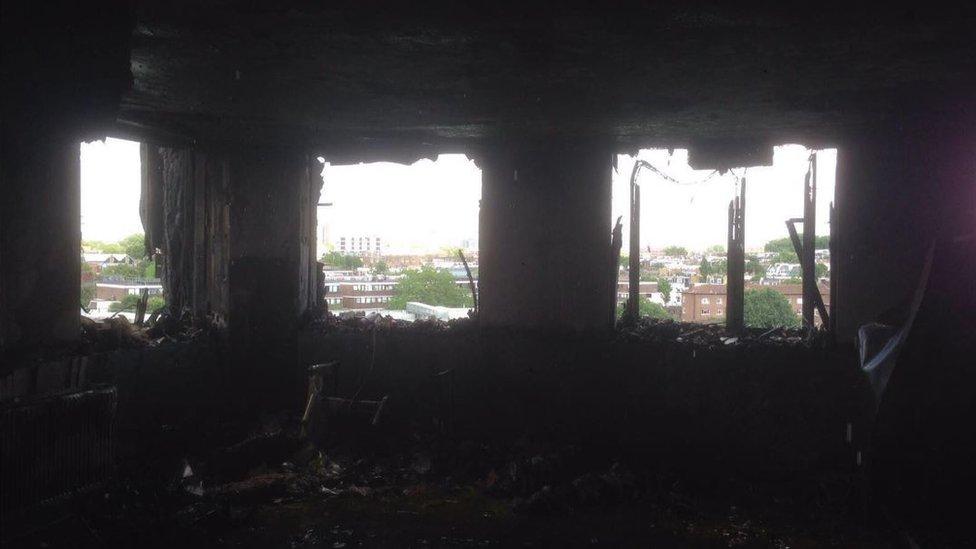 Cifra de muertos en incendio de Londres sube a 30