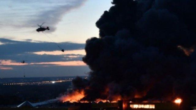 Поблизу Москви згорів великий торговий центр