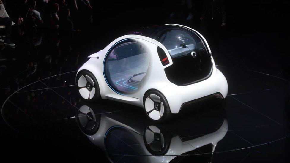 Proyectan que el negocio de los mapas para los autos inteligentes crecerá desde US$2.200 millones en 2020 a US$24.500 en 2050.