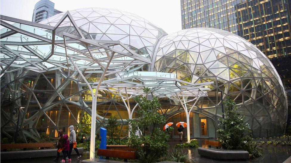 Las esferas de Amazon.