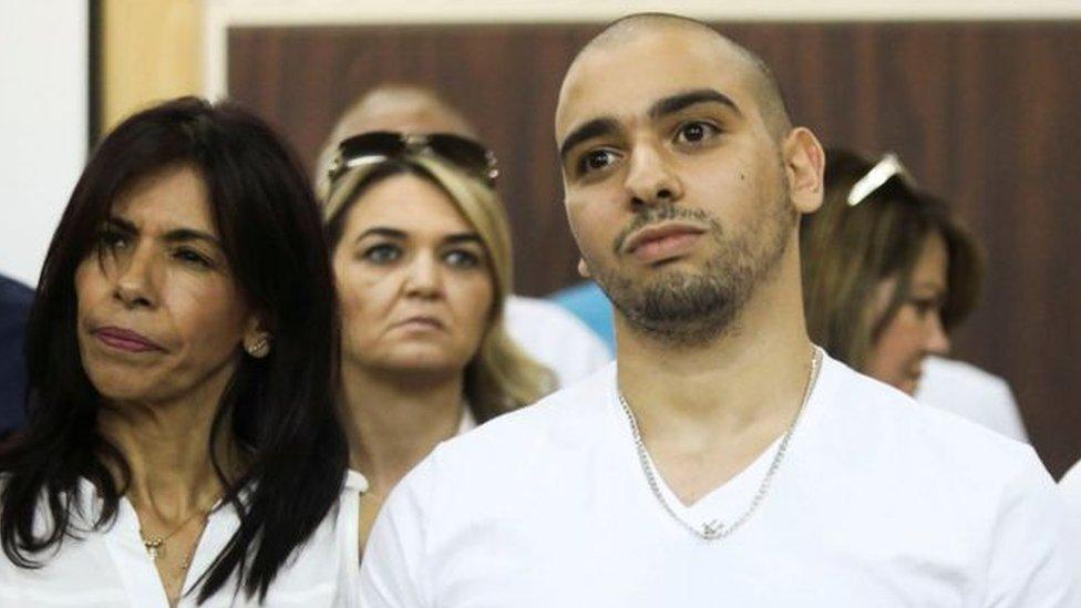 الرئيس الإسرائيلي يرفض العفو عن جندي مدان بقتل فلسطيني جريح