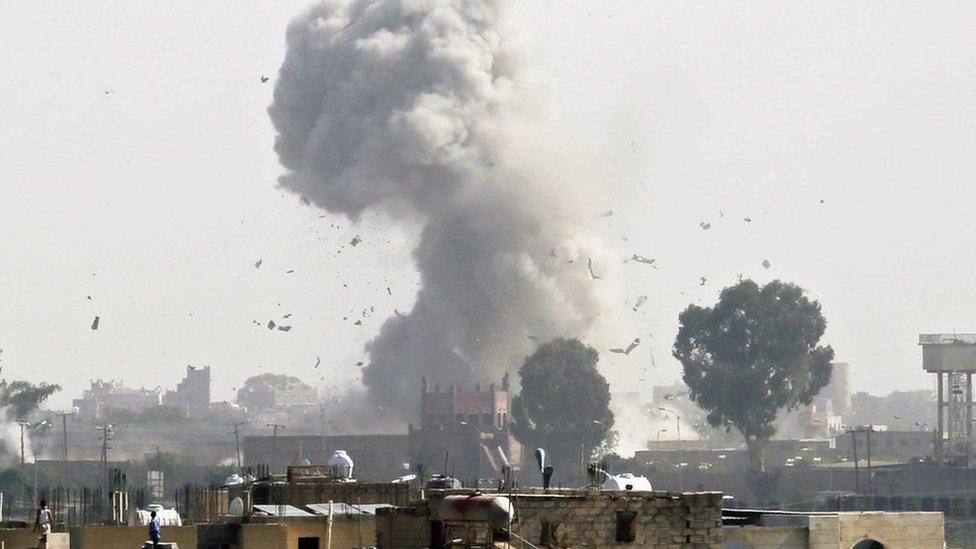 د یمن کړکېچ: څوک د چا لپاره جنګېږي؟