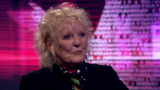 BBC News - Petula Clark on challenge of staying at the top