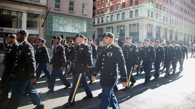 Desfile del dia de los veteranos en Nueva York