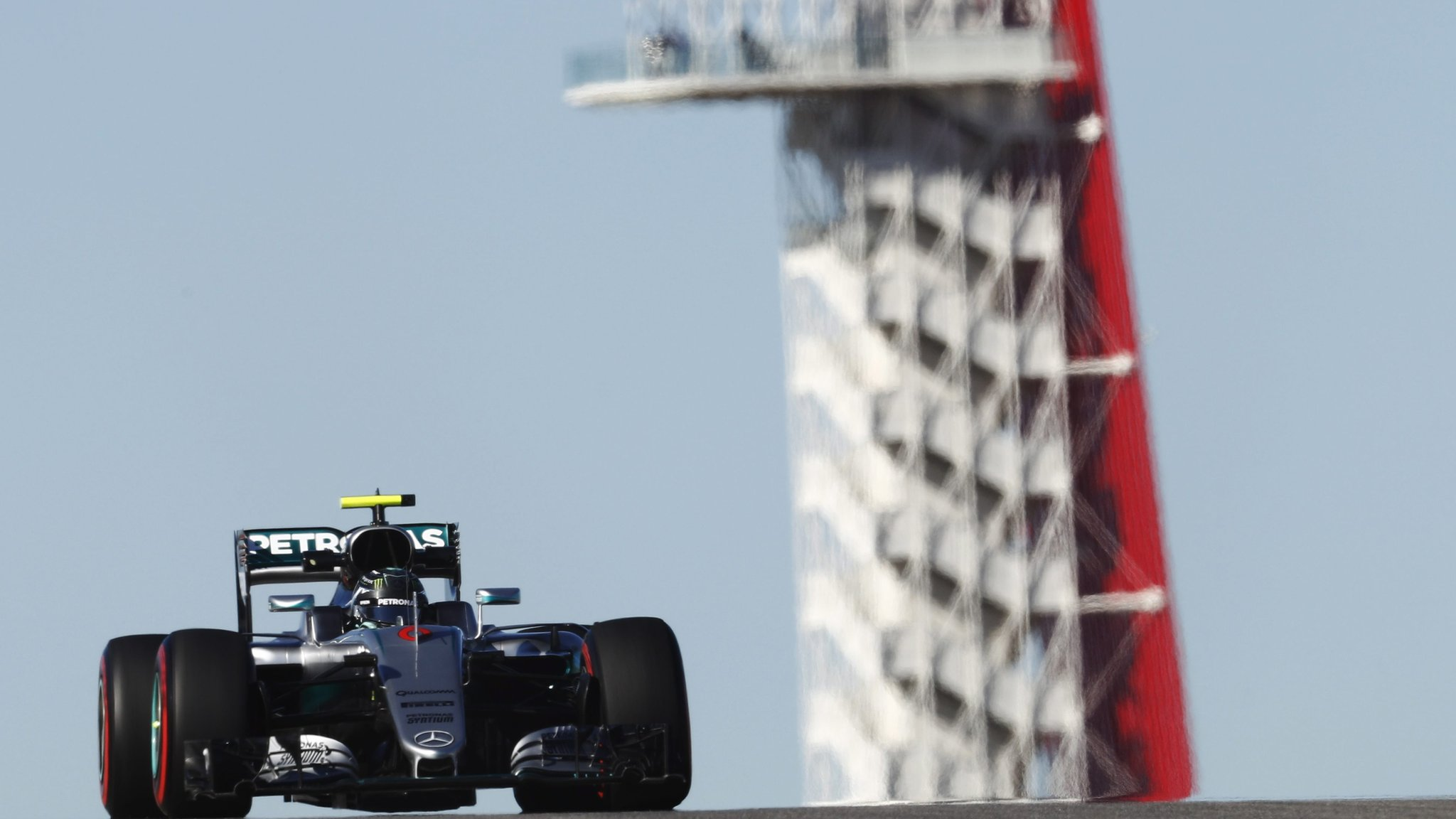 Rosberg top in United States GP practice