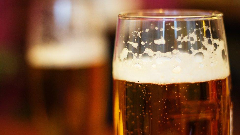 La falta de ortografía en una marca de cerveza que terminó en un doble negocio frustrado.