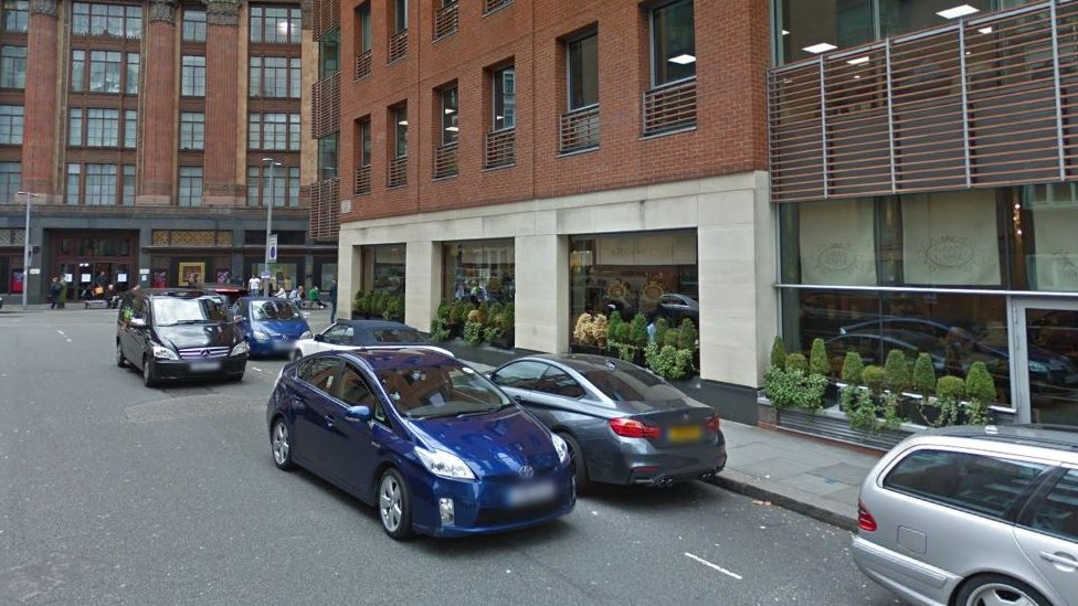 Knightsbridge cafe accountant admits lying about staff pensions