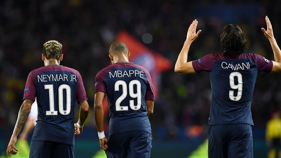 Neymar, Mbappé y Cavani.