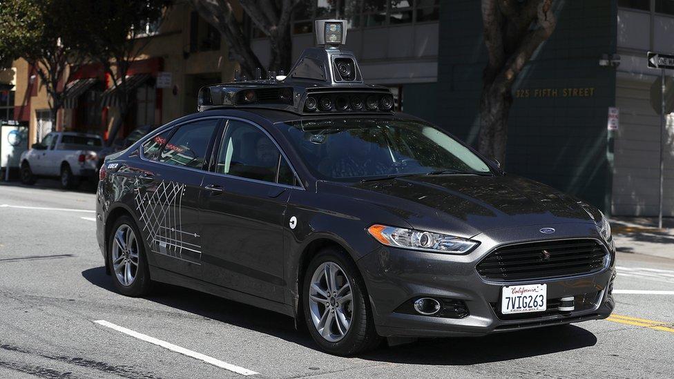 Auto de Uber sin conductor