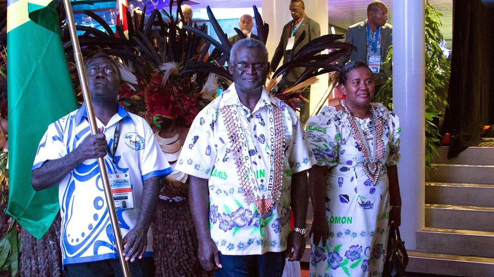Solomon Islands PM Manasseh Sogavare (centre)