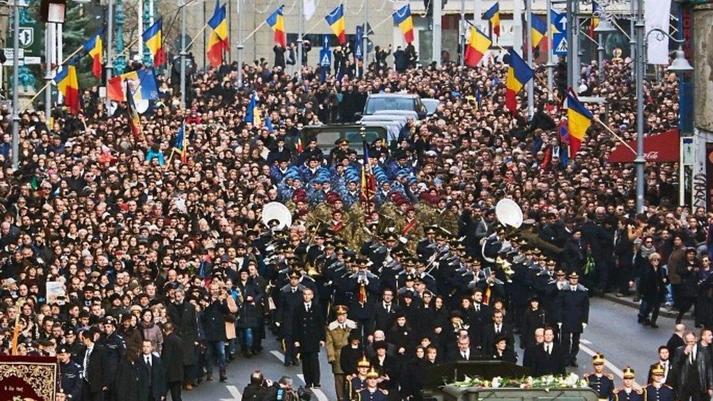 King Michael: Romania bids farewell to former monarch