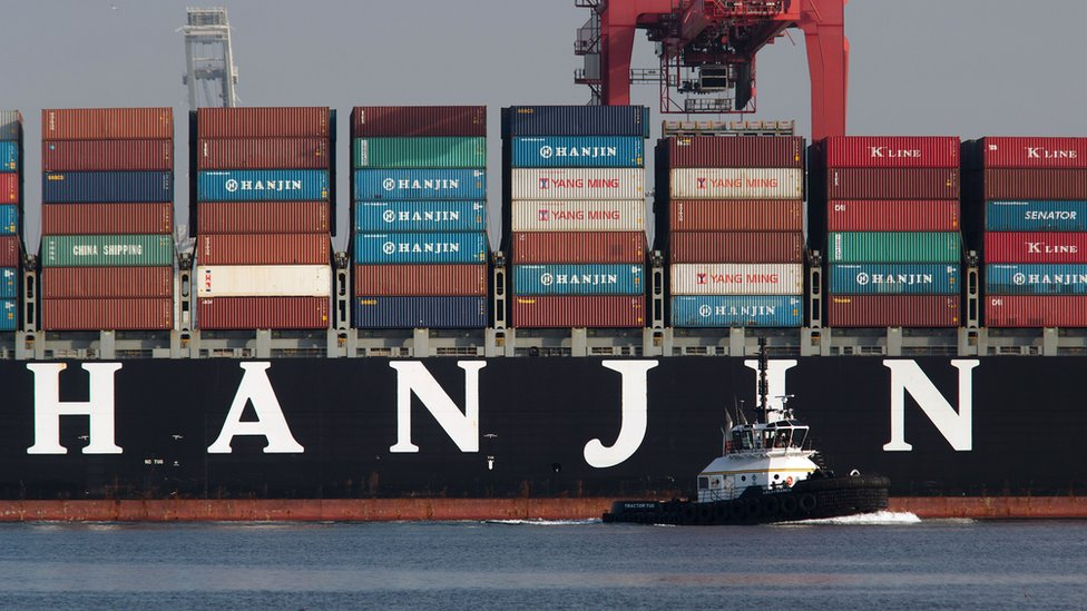 Hanjin Louisiana docks in Singapore with British cadets on board