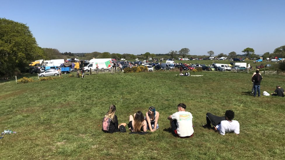 Illegal rave on Isle of Purbeck attracts more than 1,000