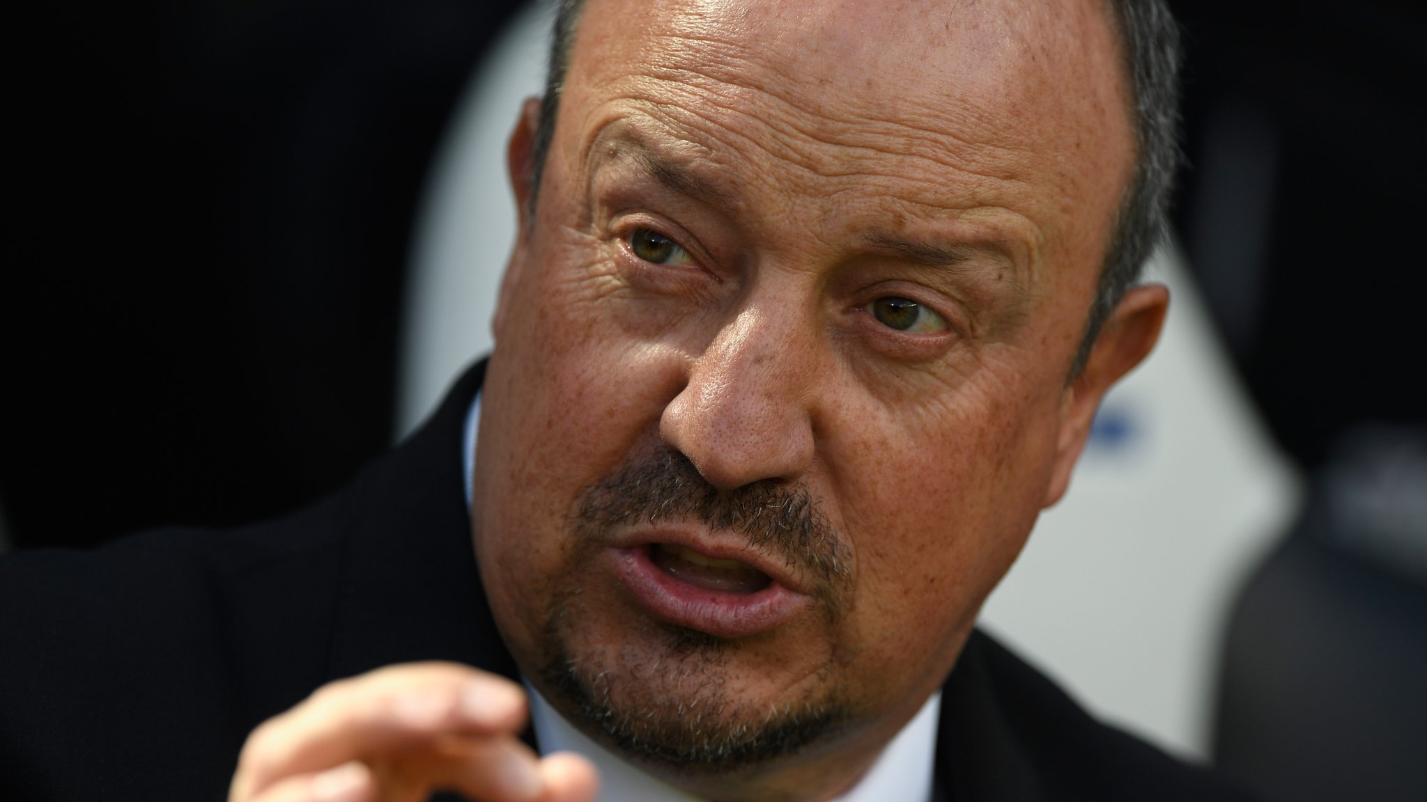 West Ham to approach Benitez - Thursday's gossip