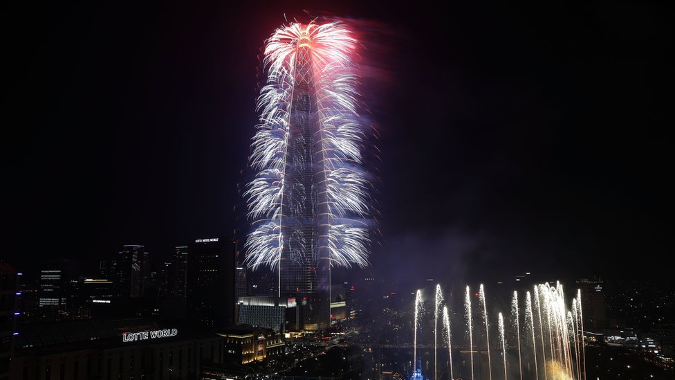 Lotte World Tower opening