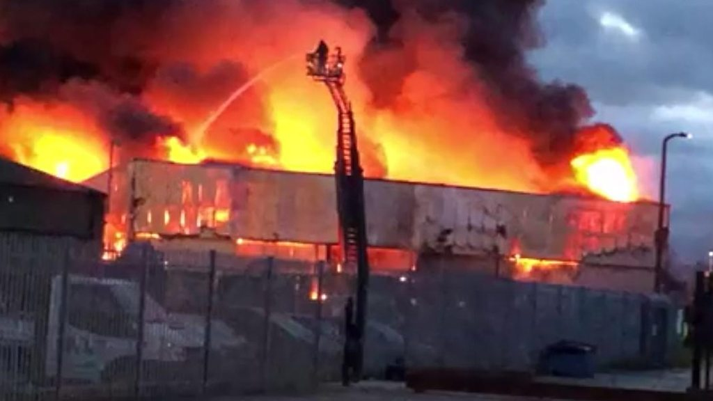 Doncaster factory unit destroyed in major blaze | BBC