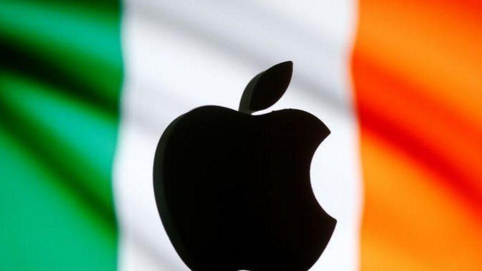 La Comisión Europea (CE) concluyó que Irlanda le dio un beneficio fiscal ilegal a Apple.