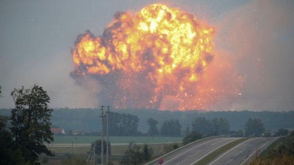 Луценко прогнозує допит Муженка через вибухи у Калинівці