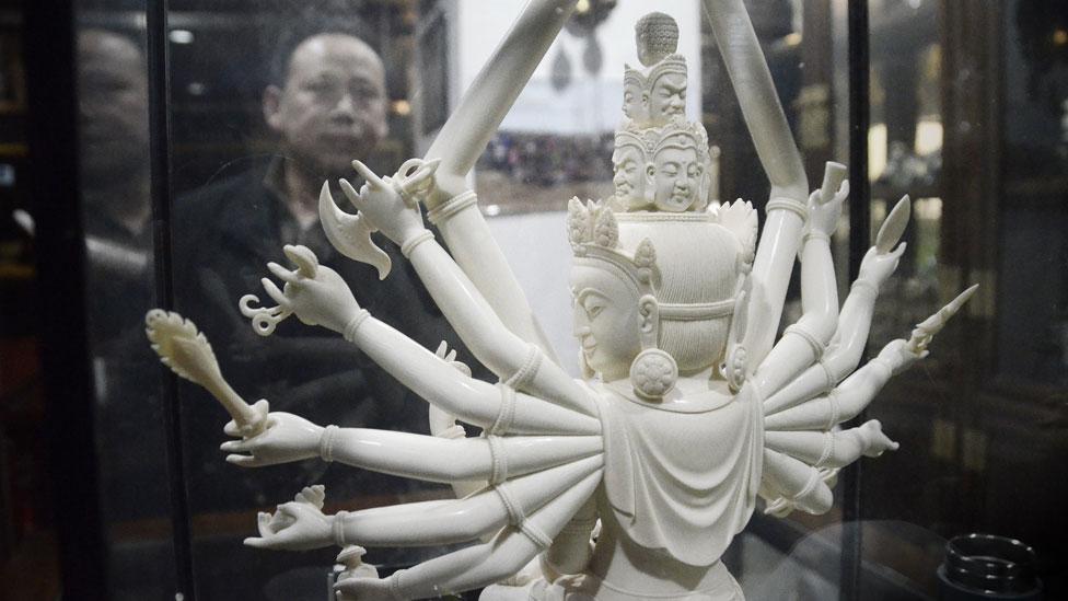 Un kilo de marfil se comercializaba por más de US$1.000 en China, donde objetos de este material son considerados un símbolo de estatus.