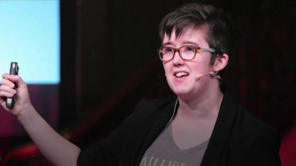 Journalist Lyra McKee shot dead during Londonderry rioting