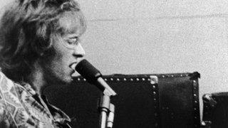 Jefferson Airplane's Paul Kantner dies