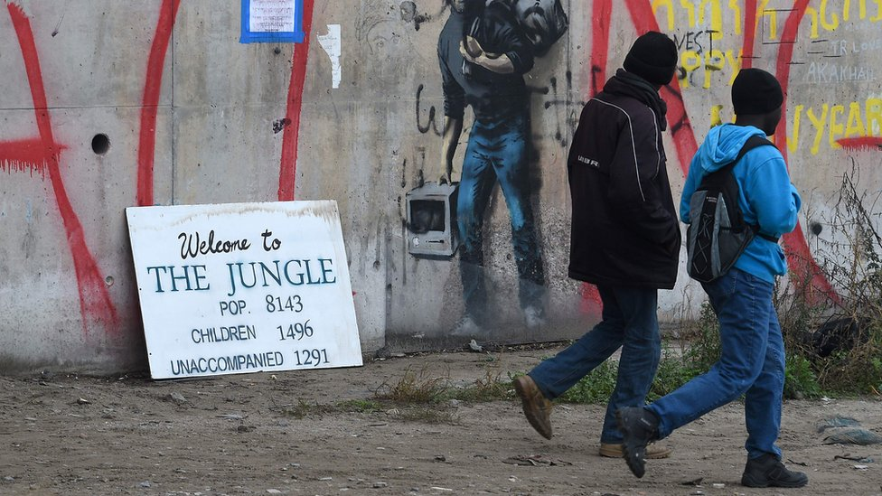Calais migrants: 'Several hundred' more child refugees to arrive in UK