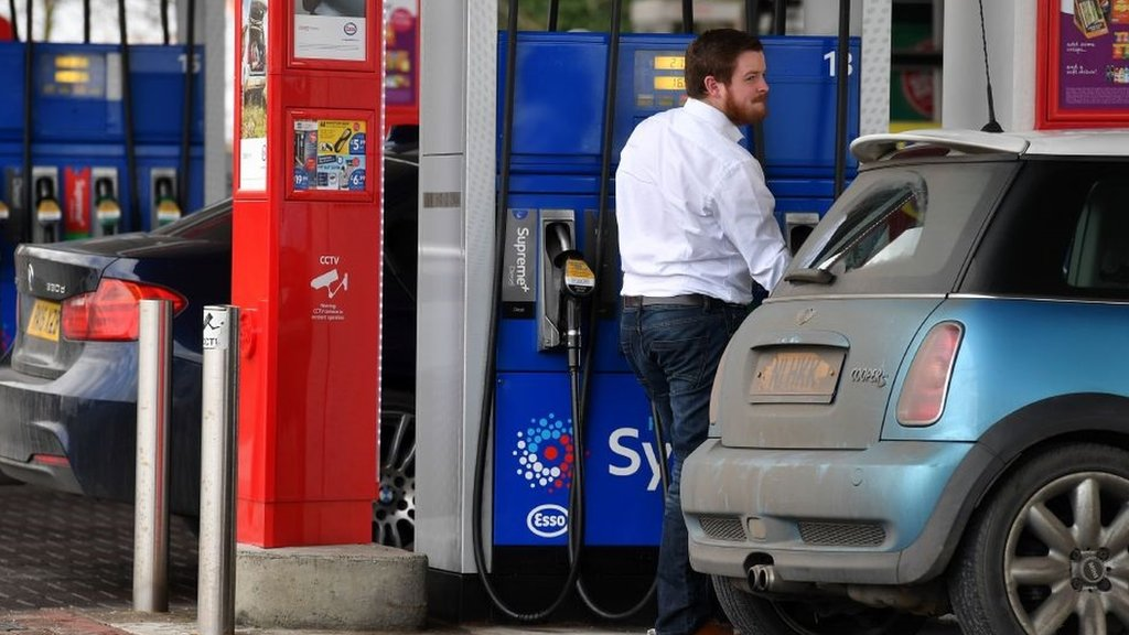 Inflation eases to 2.7% on falling petrol prices
