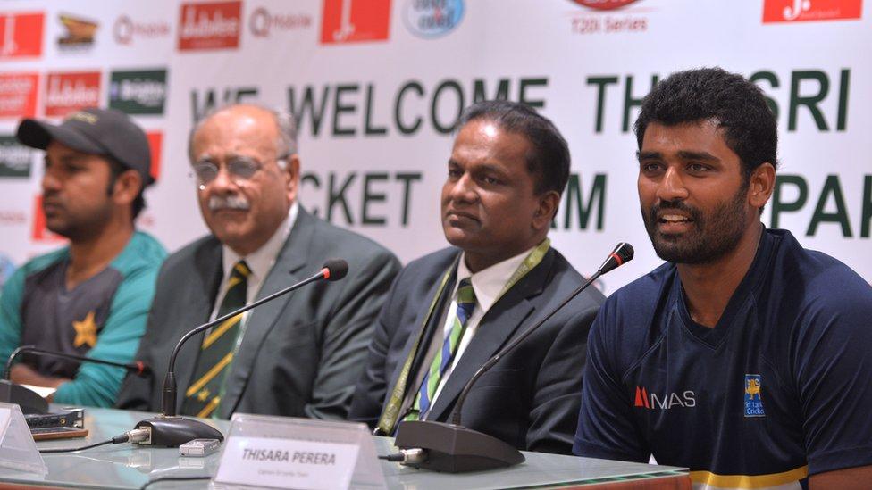 آٹھ سال بعد سری لنکن ٹیم کی لاہور آمد: 'بھائی کی حیثیت سے آنے پر خوش ہیں'