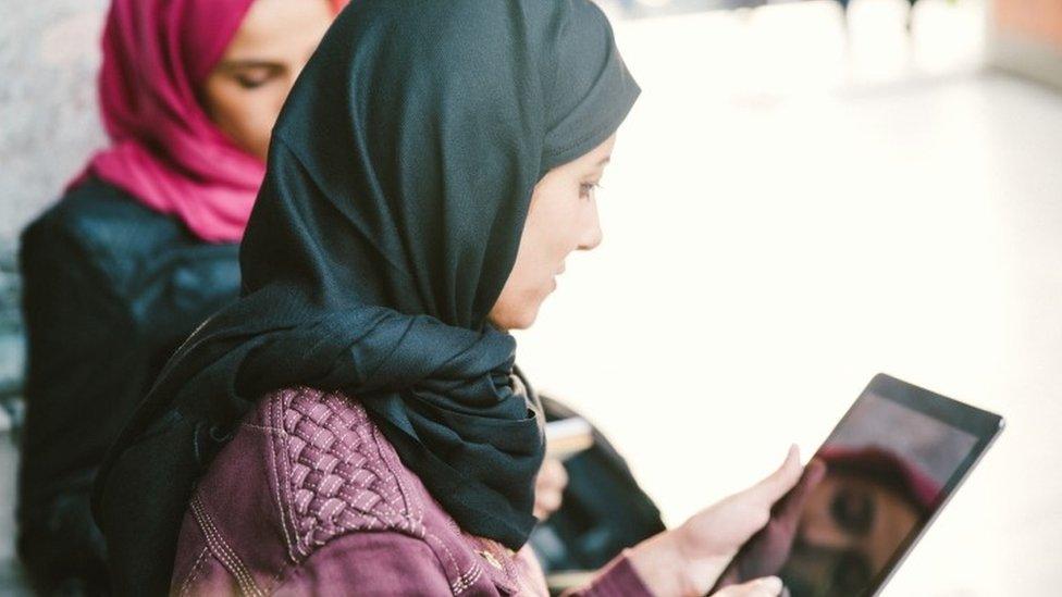 #10YearChallenge; Turkey puts spotlight on the headscarf