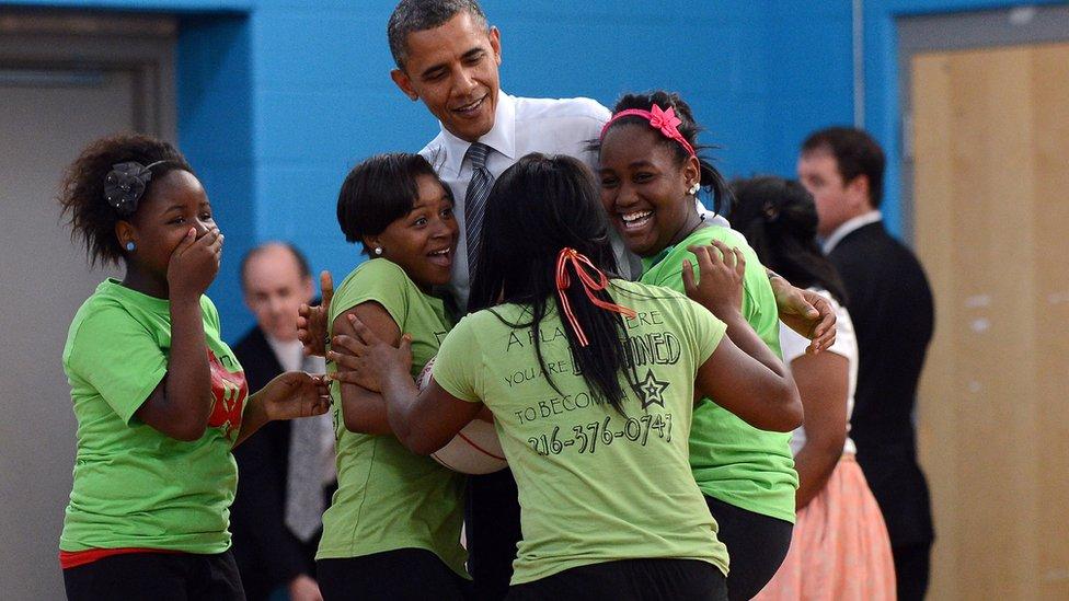 Obama con jóvenes en Cleveland
