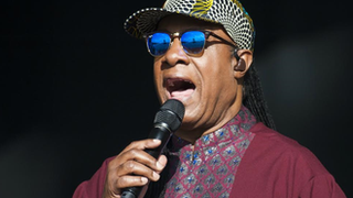 BBC News - Stevie Wonder brings Songs In The Key of Life tour to London