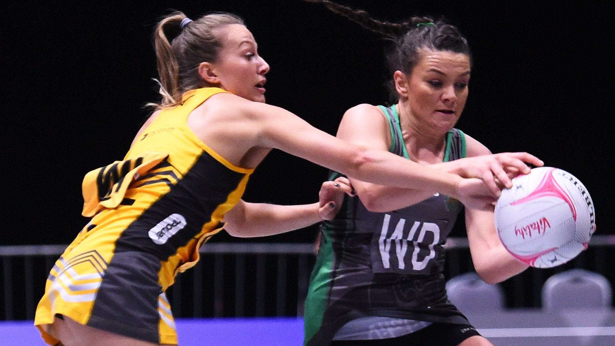 Netball Superleague 2019: Wasps beat Dragons seal play-off spot