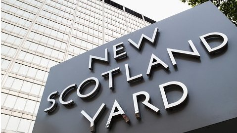 Racism case against three Met police officers collapses