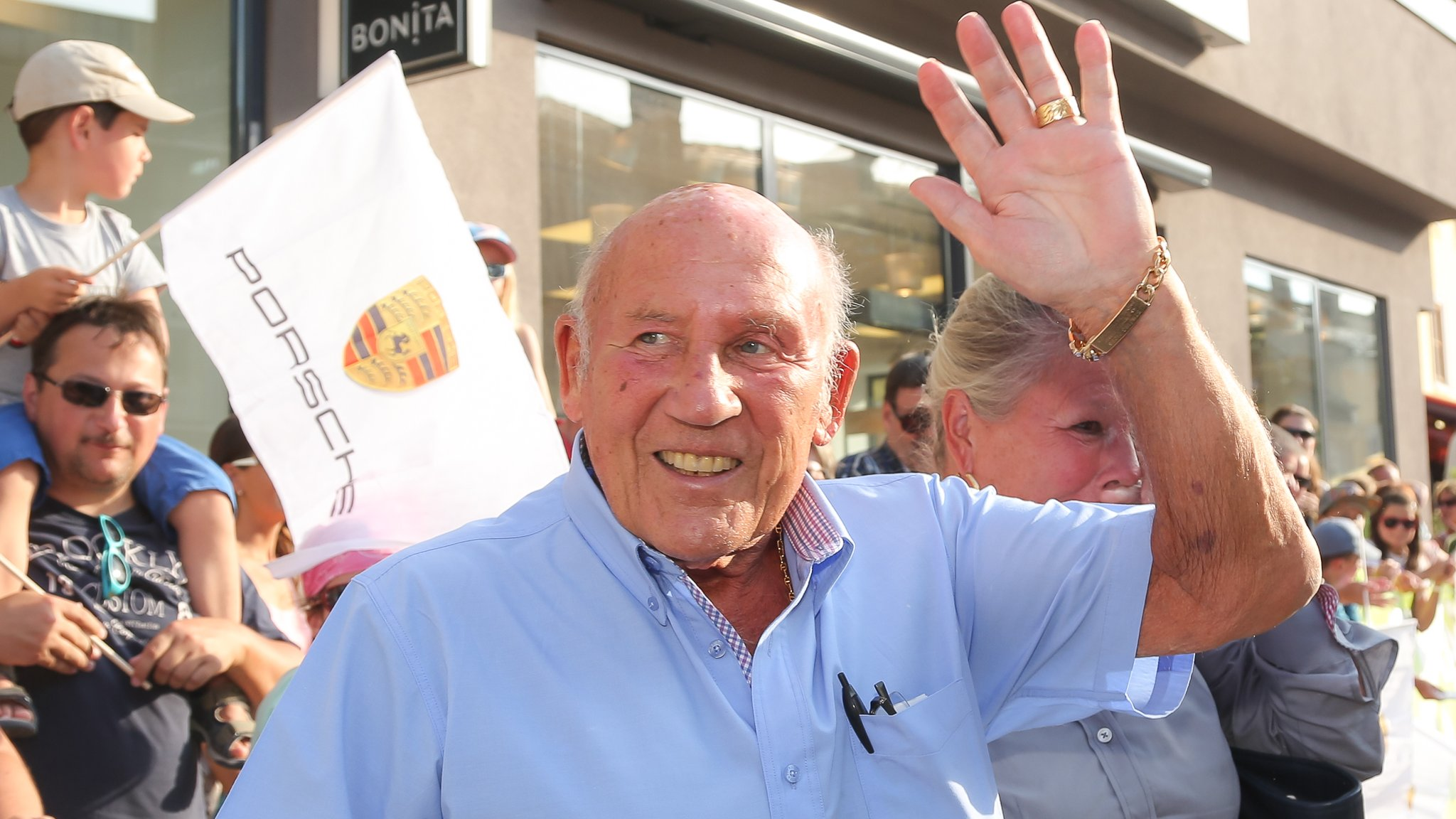 Sir Stirling Moss to retire from public life after