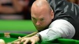 Stuart Bingham en route to victory over Anthony Hamilton