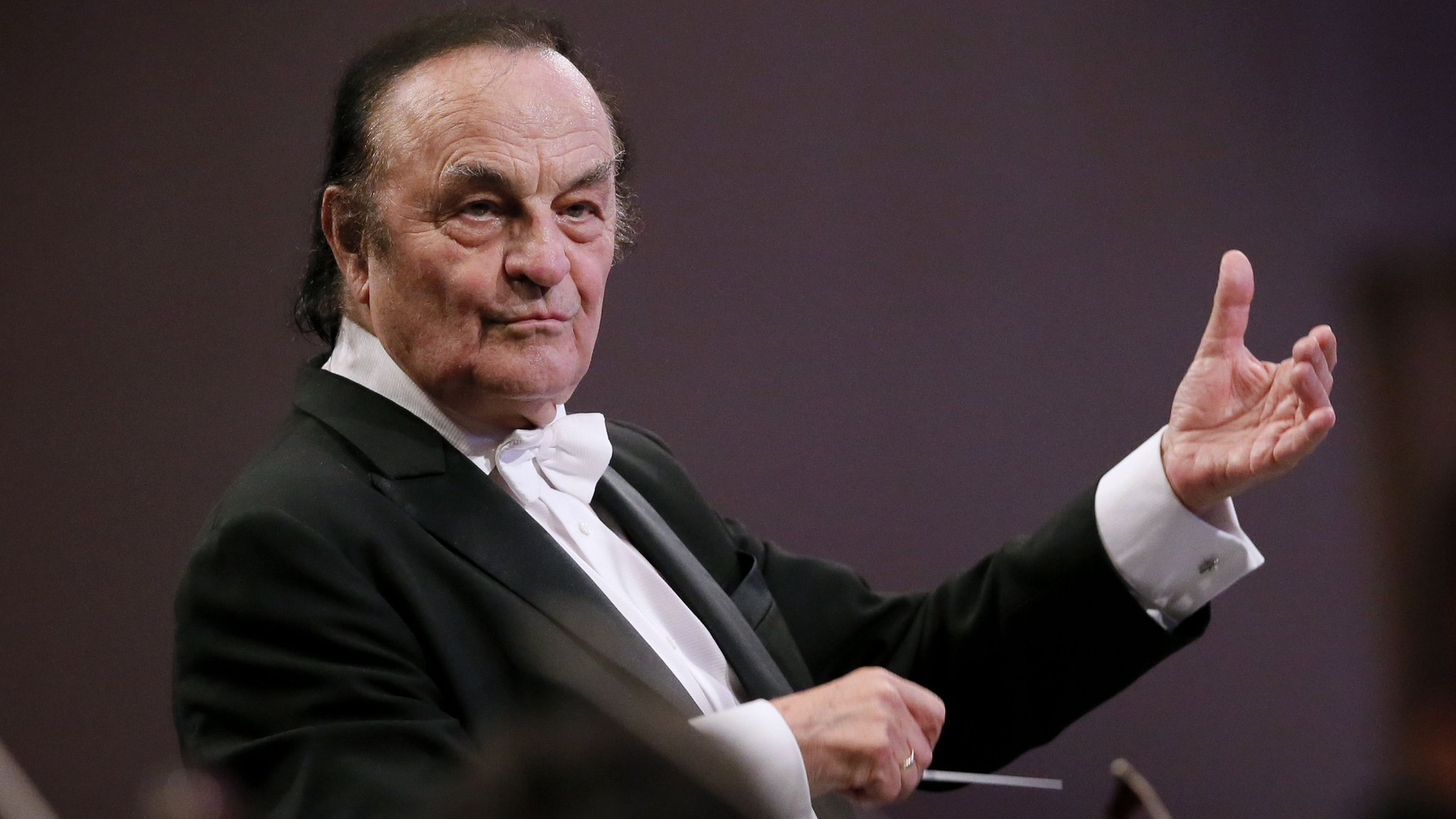 Conductor Charles Dutoit accused of sexual harassment
