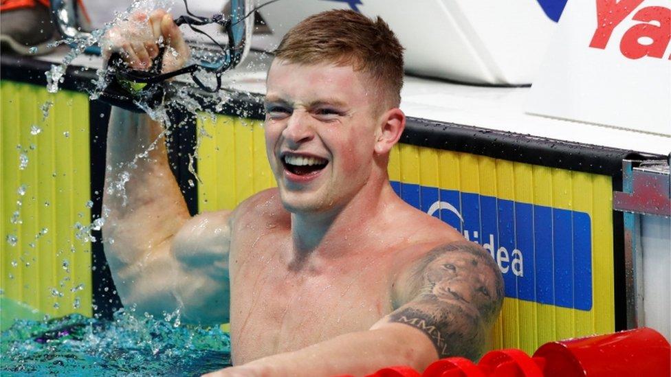 برطانوی تیراک ایڈم پیٹی نے ایک ہی دن میں دو عالمی ریکارڈ قائم کر دیے