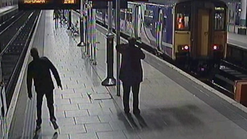 Festive drunk passengers 'risk death on railway'